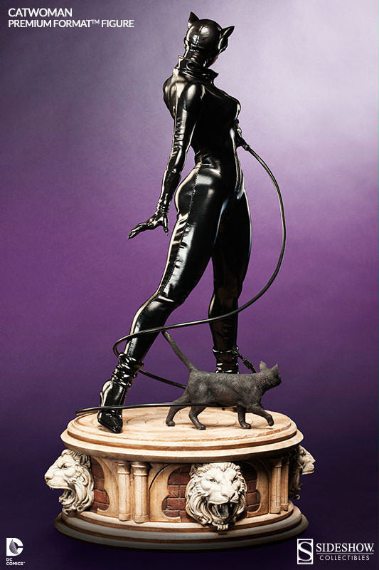 Catwoman 1/4th Scale Premium Format Figure by Sideshow Collectibles-Sideshow Collectibles- www.superherotoystore.com-Statue - 4