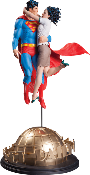 Designer Series: Gary Frank Superman & Lois Lane Statue by DC Collectibles