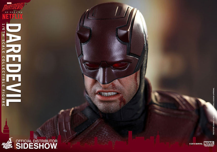 Daredevil Sixth Scale by Hot Toys-Hot Toys- www.superherotoystore.com-Action Figure - 10
