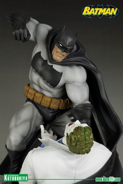 Dark Knight Returns: Batman Vs Joker ArtFx Statue by Kotobukiya-Kotobukiya- www.superherotoystore.com-Statue - 4