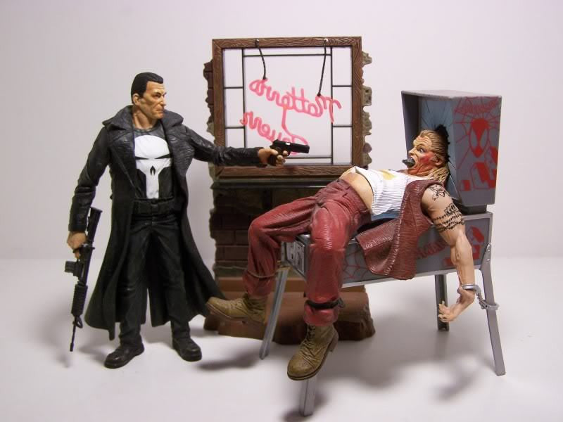 Marvel Select Punisher Action Figure-Diamond Select toys- www.superherotoystore.com-Action Figure - 4