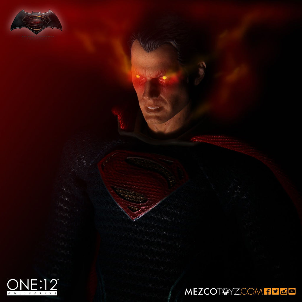 One:12 Collective - Dawn Of Justice - Superman-Mezco Toys- www.superherotoystore.com-Action Figure - 5