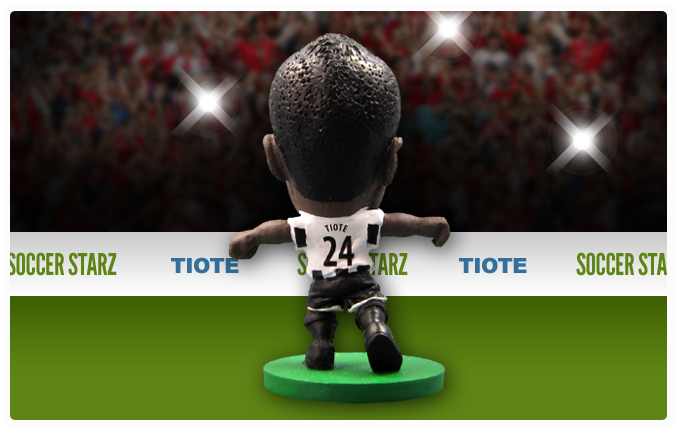 Cheick Tioté - Newcastle United Home Kit-Soccer Starz- www.superherotoystore.com-Action Figure - 3