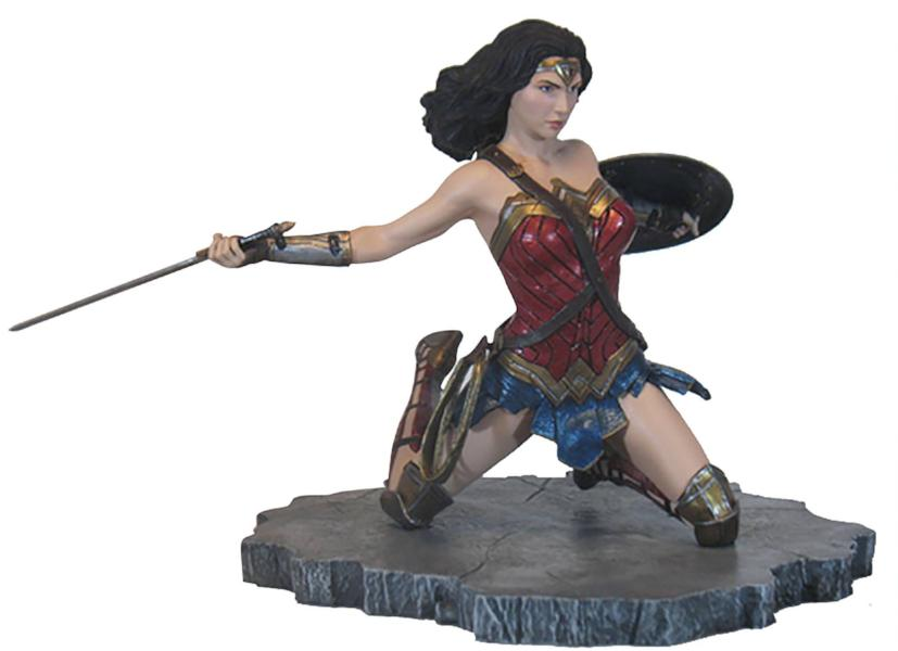 Justice League Movie Wonder Woman Gallery Statue by Diamond Select