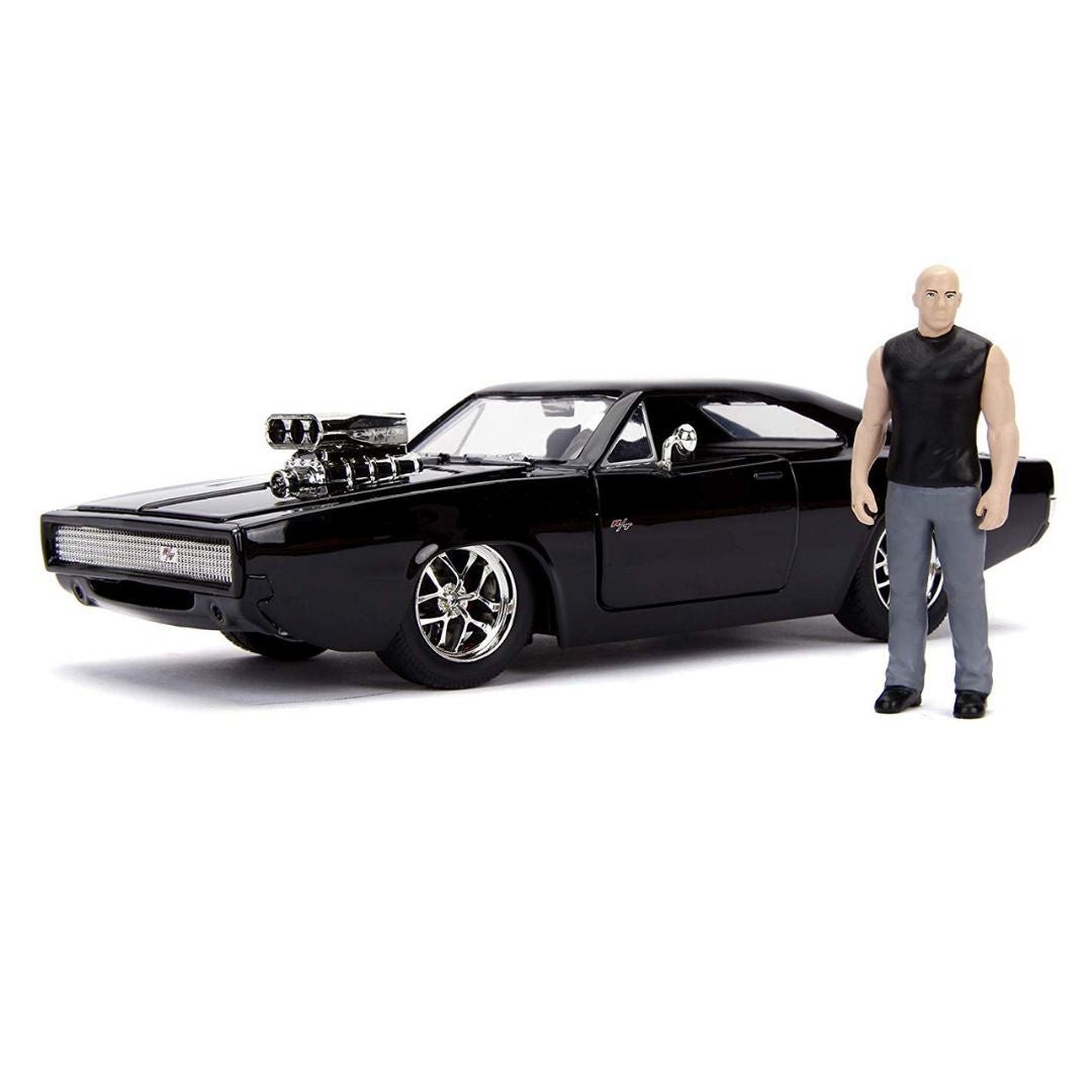 Hollywood Rides Fast and the Furious Dodge Charger 1:24 Scale Die-Cast Metal Vehicle with Dom Figure by Jada Toys
