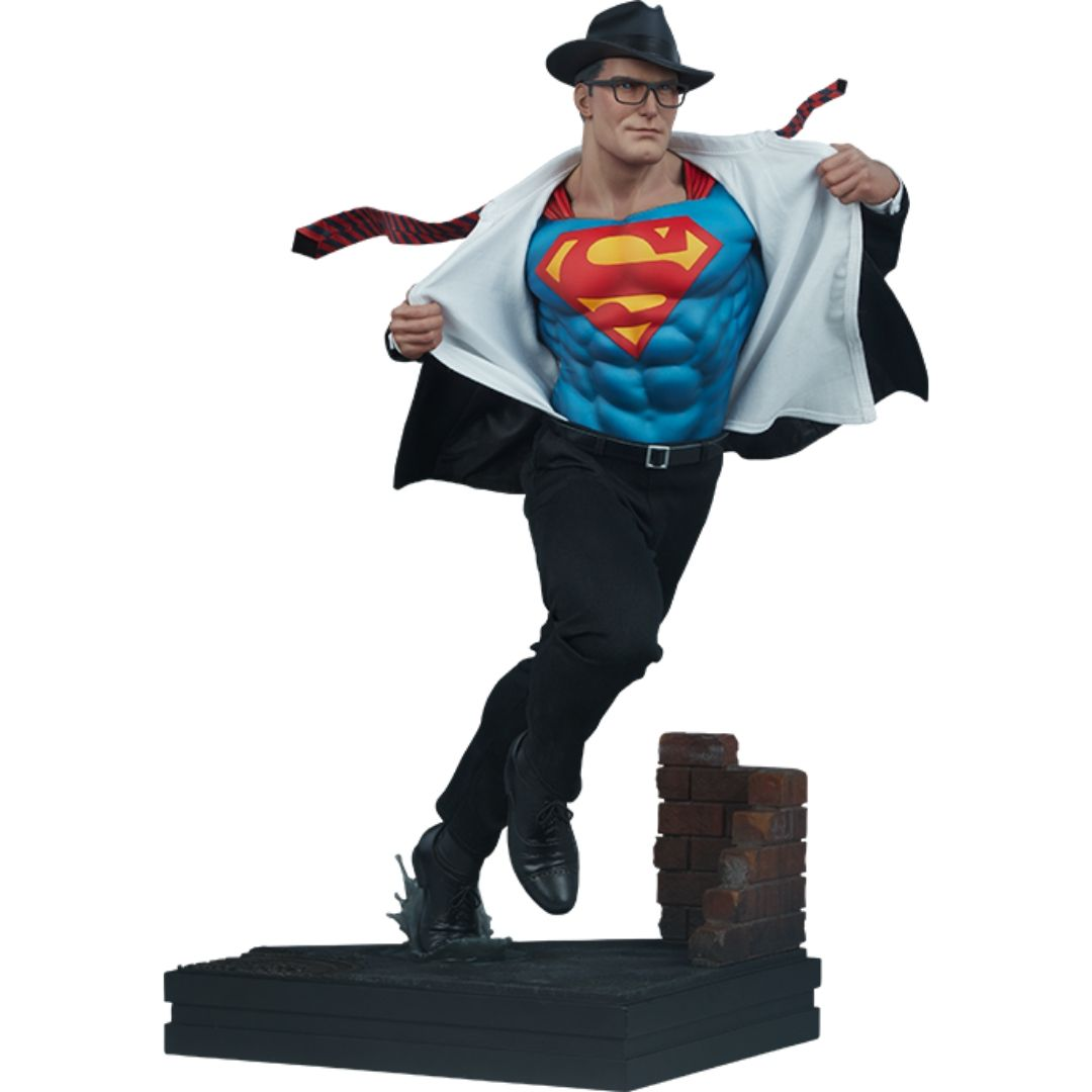Superman Call To Action Premium Format Statue by Sideshow Collectibles