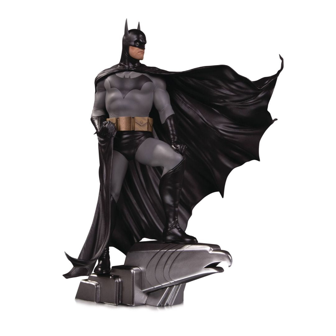 Designer Series Batman (Alex Ross) Deluxe Statue by DC Collectibles -DC Collectibles - India - www.superherotoystore.com