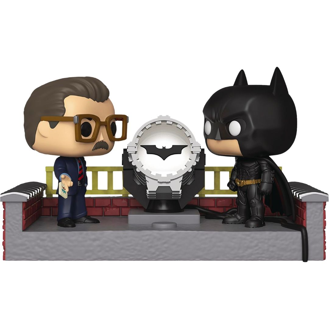 Batman Begins - Batman & Commissioner Gordon with Light Up Bat Signal 80th Anniversary Movie Moments Pop! Vinyl Figure by Funko