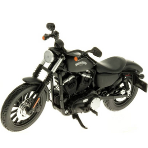 Harley-Davidson 2014 Sportster Iron 883 1:12 Scale Die-Cast Bike by Maisto
