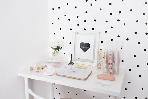 Minima Basics blogs header image for organizational tips for small spaces