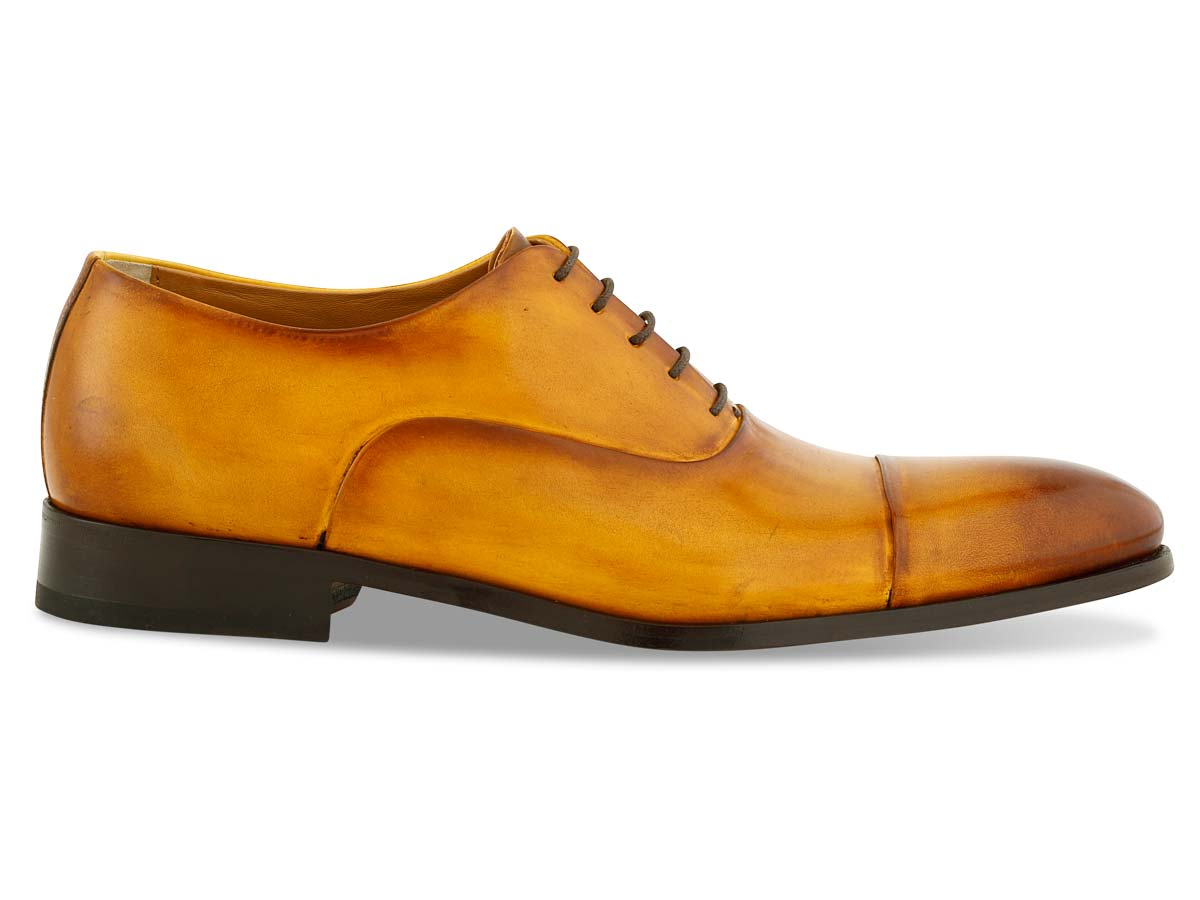 Griffin Oxford Cap Toe in Bourbon