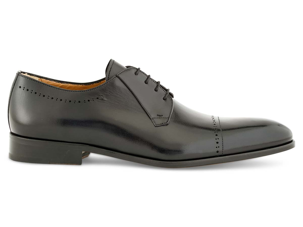 Jared Blucher Cap Toe in Black