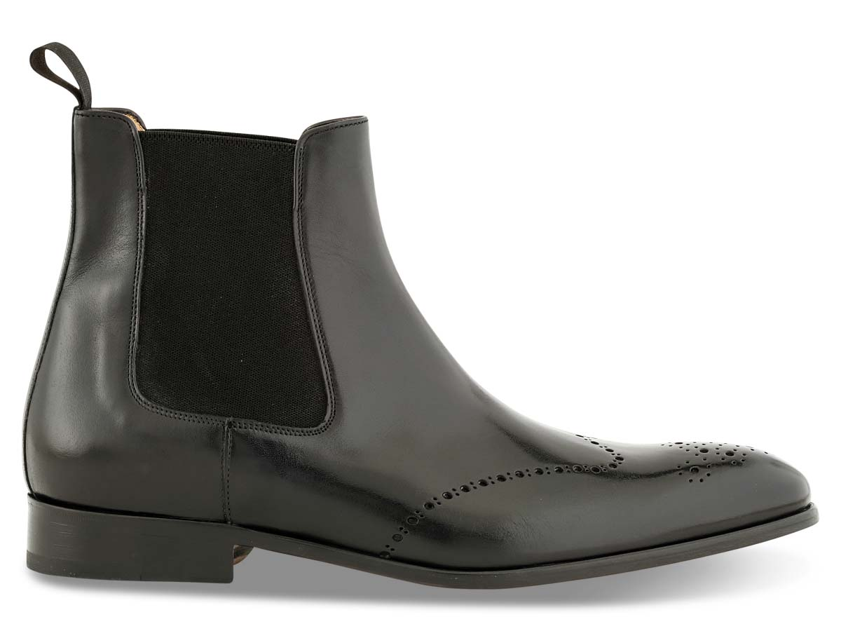 Trevor Chelsea Boot Wingtip in Black Nicol
