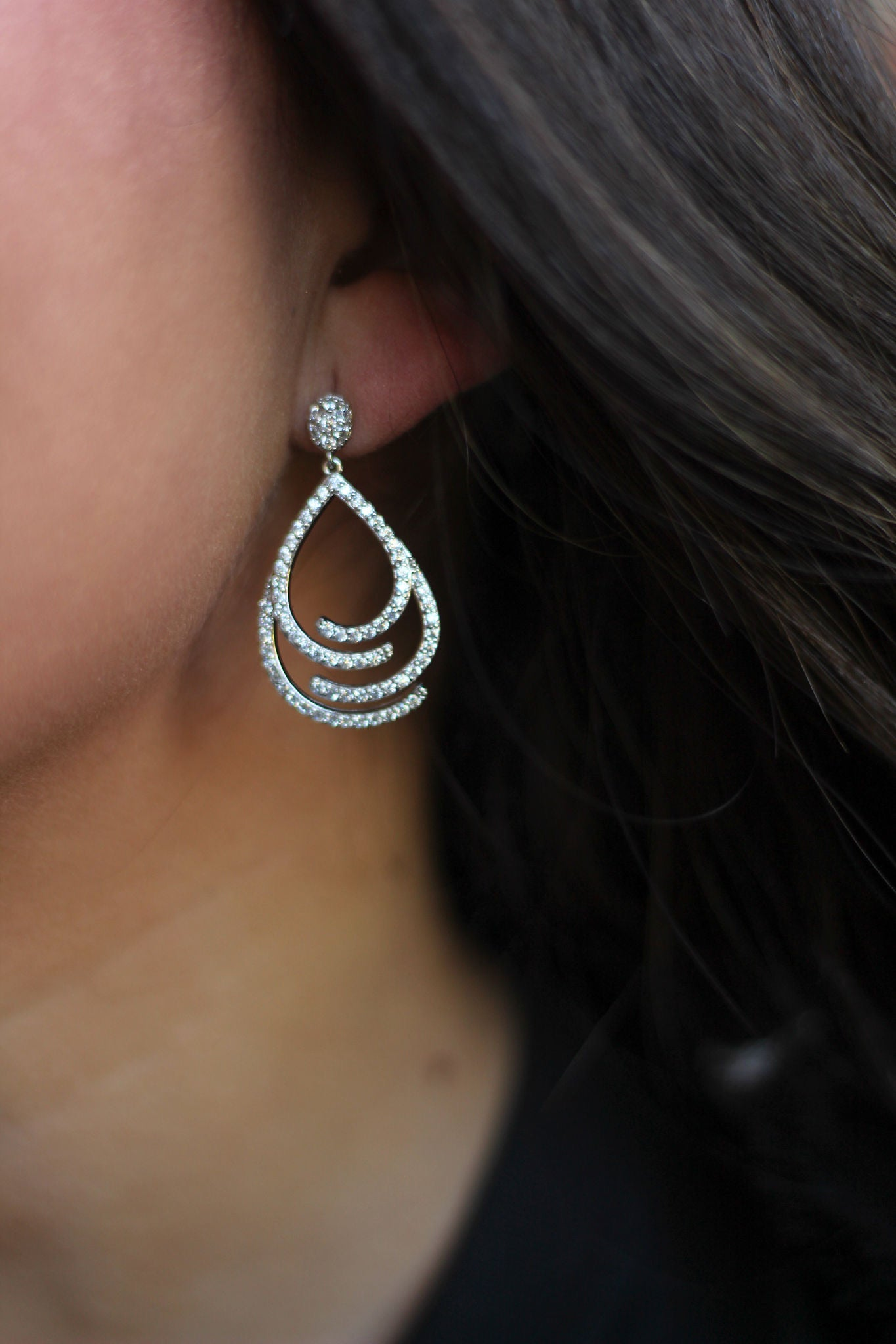 Side To Side Teardrop Earrings