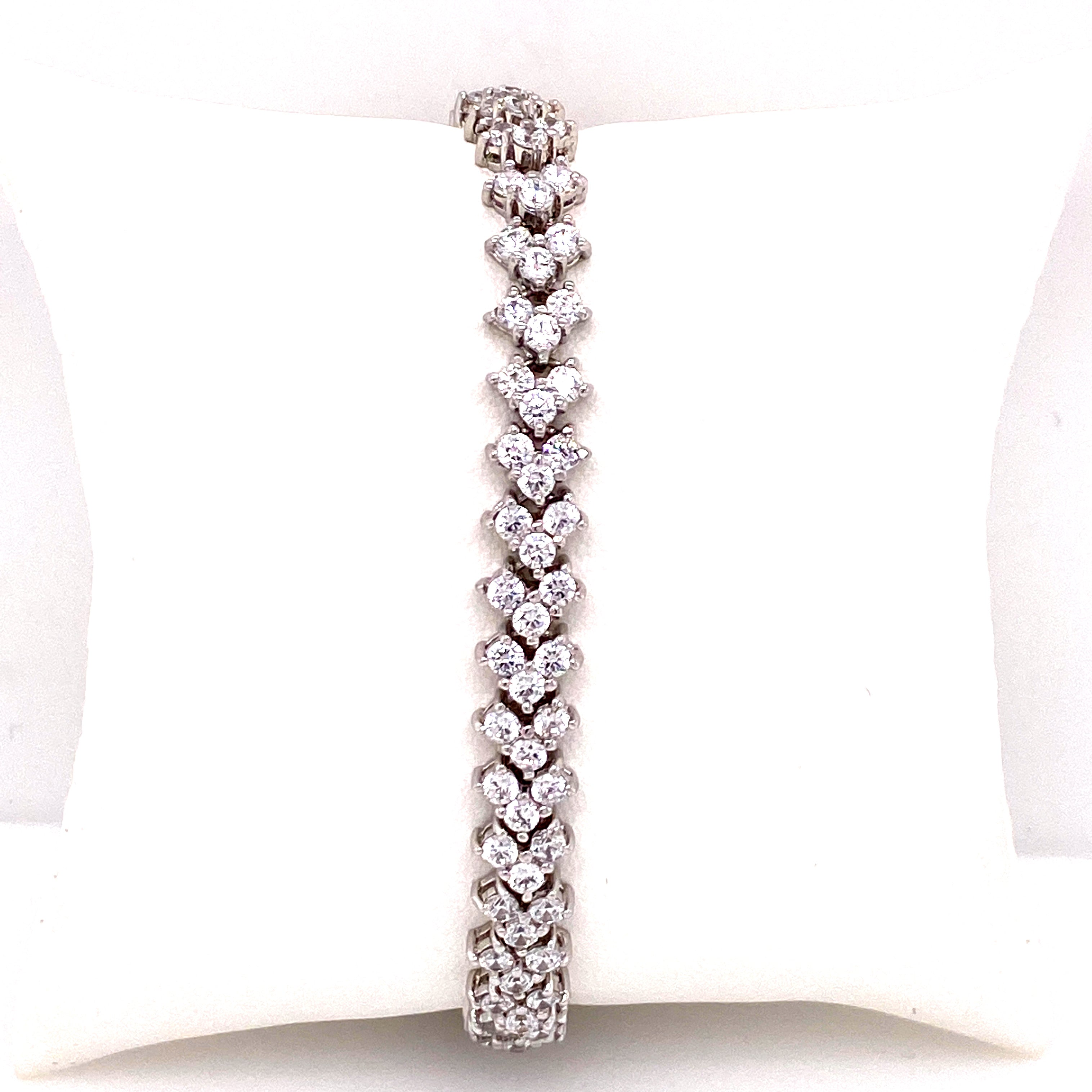 V Shaped Tennis Bracelet
