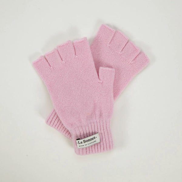 Product shot: Le Bonnet Blush Pink Fingerless Gloves