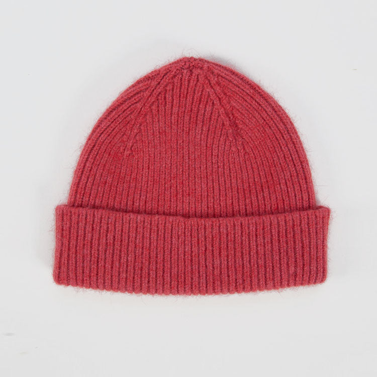 Product shoot: Le Bonnet Fuchsia Beanie Hat