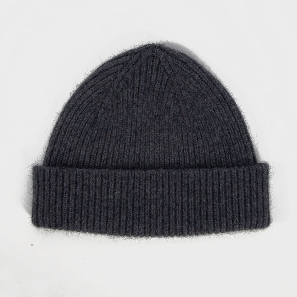 Product shot: Le Bonnet Slate Grey Beanie Hat