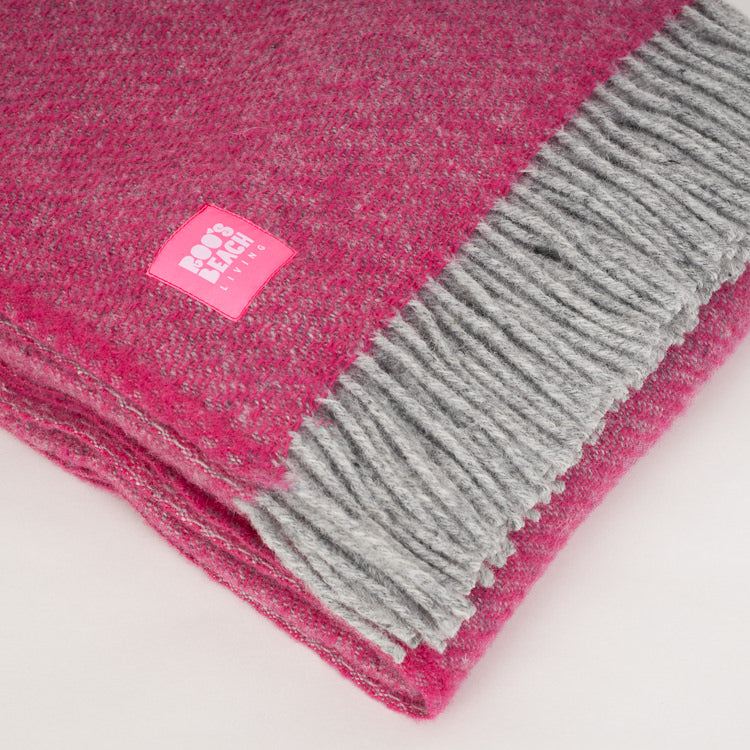 Lifestyle Boa Pink Pure Wool Throw