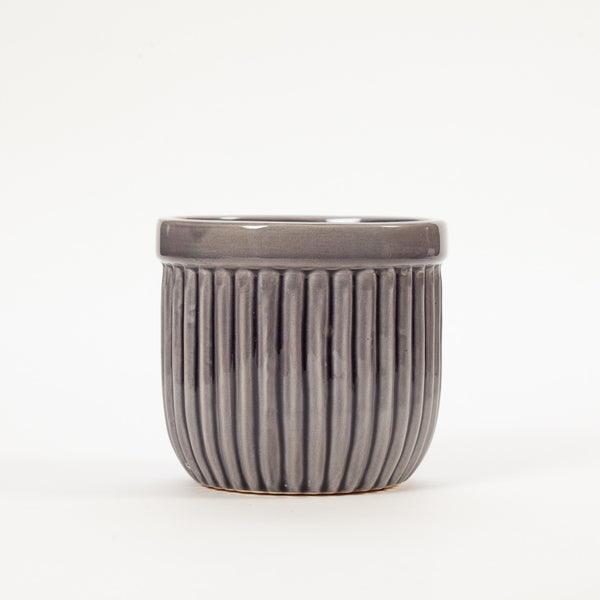 Product shot: Bloomingville Large Grey Stoneware Flowerpot