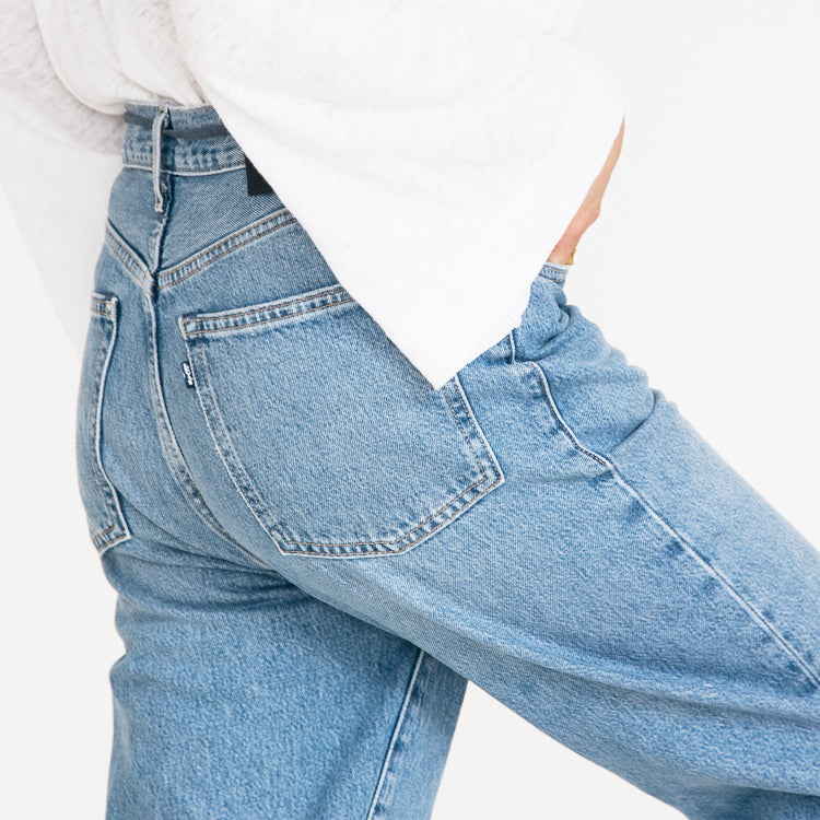 Levi's Made & Crafted Barrel Crop Palm Blues Jeans - close up detail
