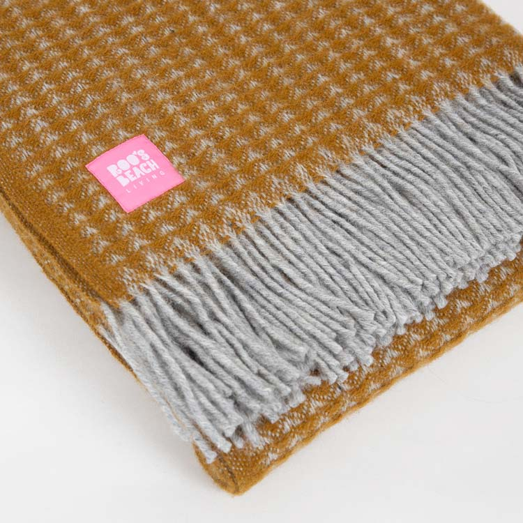 Lifestyle Treetop English Mustard Wool Throw - detail shot