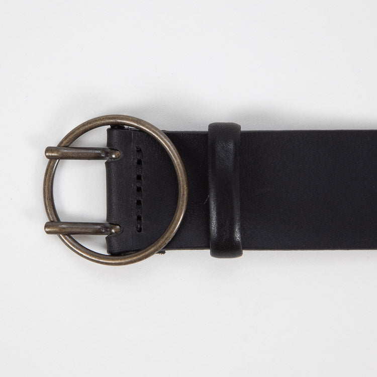 Bellerose Selya Black Leather Belt - detailed shot