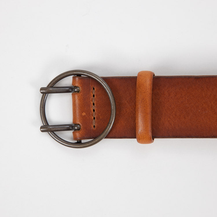 Bellerose Selya Cognac Leather Belt - detailed shot
