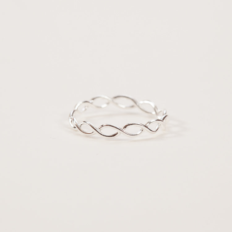 Product shot: Pernille Corydon Entangled Silver Ring