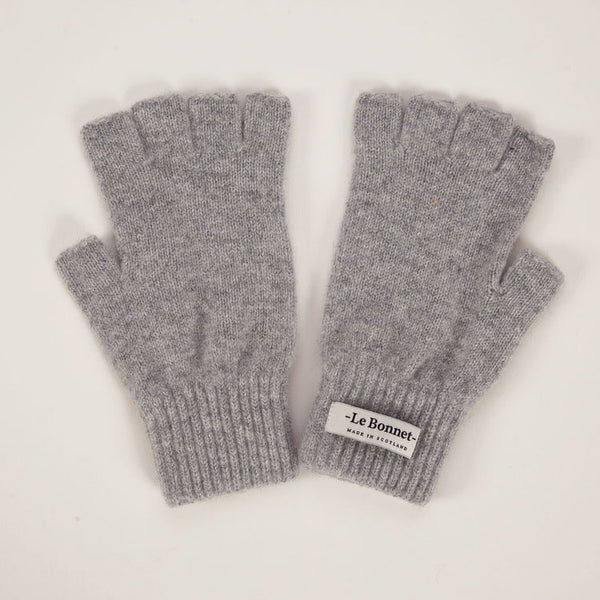 Product shot: Le Bonnet Smoke Grey Fingerless Gloves