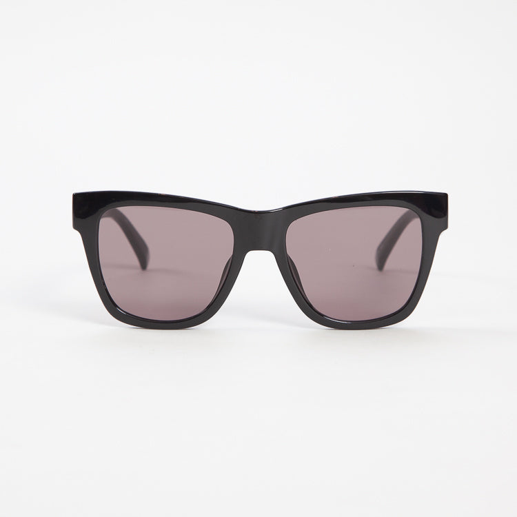 Product shot of Le Specs Escapade Black Sunglasses