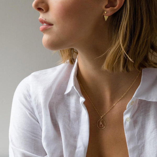 Model wearin gthe Wanderlust Life Stella Prism Champagne Quartz Gold Necklace