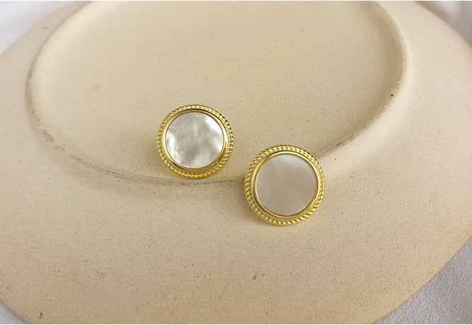 Sweet White Shell Sterling Silver Stud Earring