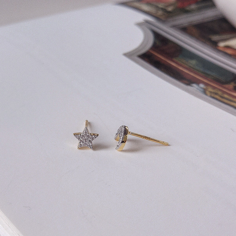 Bright Star&Moon Round Cut Sterling Silver Plated Gold Stud Earring