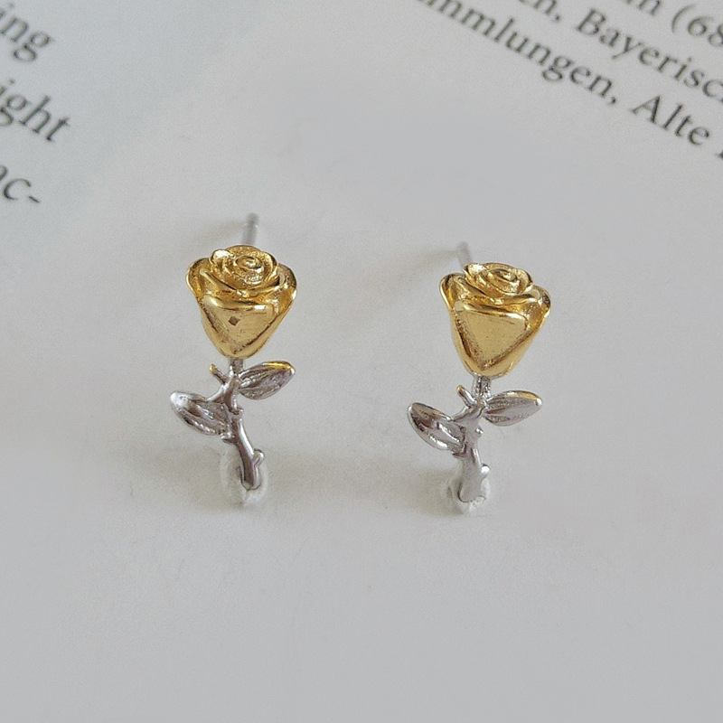 Three-dimensional Rose Sterling Silver Stud Earring