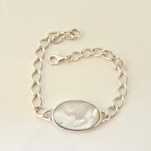 Mother of Pearl and Blue John Reversible Chain Bracelet Oval Design
