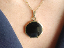 Load image into Gallery viewer, 9ct Gold Whitby Jet & Tiger's Eye Reversible Pendant