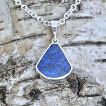 Load image into Gallery viewer, lapis lazuli and whitby jet reversible pendant handmade in the UK