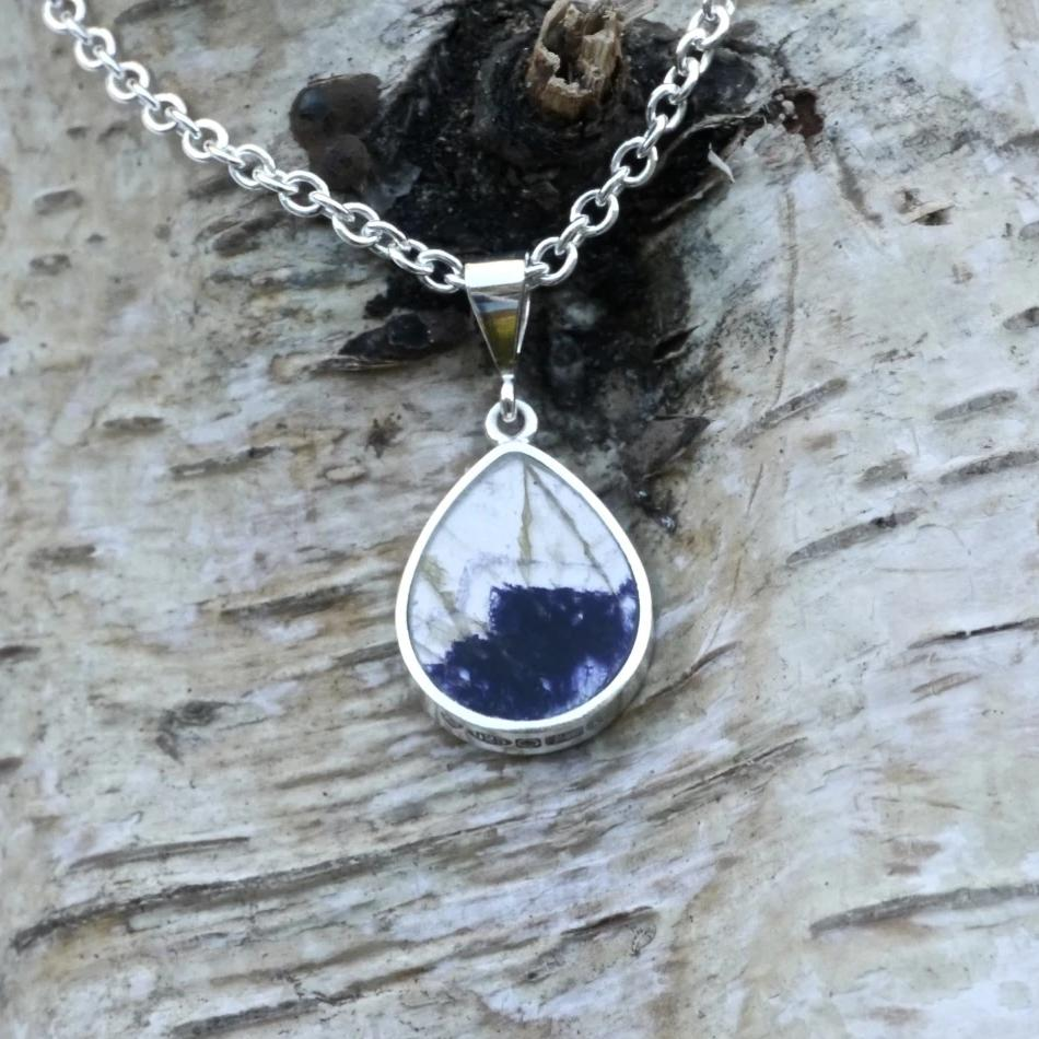 blue john pendant with whitby jet on the reverse - handmade in the UK