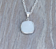 Load image into Gallery viewer, Amethyst & Mother of Pearl Silver Pendant