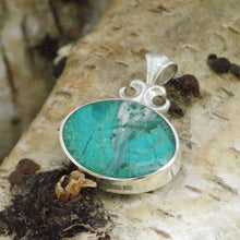Load image into Gallery viewer, blue jasper and malachite reversible pendant in silver