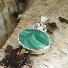 Load image into Gallery viewer, malachite pendant with blue jasper on the reverse
