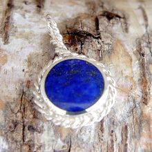 Load image into Gallery viewer, Lapis Lazuli and Malachite Rope Weave Reversible Pendant