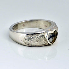 Load image into Gallery viewer, sterling silver ring with blue john heart