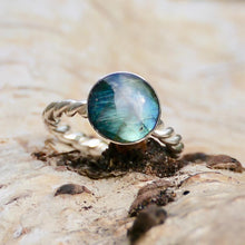 Load image into Gallery viewer, Labradorite Rope Weave Silver Ring