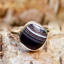 Load image into Gallery viewer, Banded Agate Square Ring