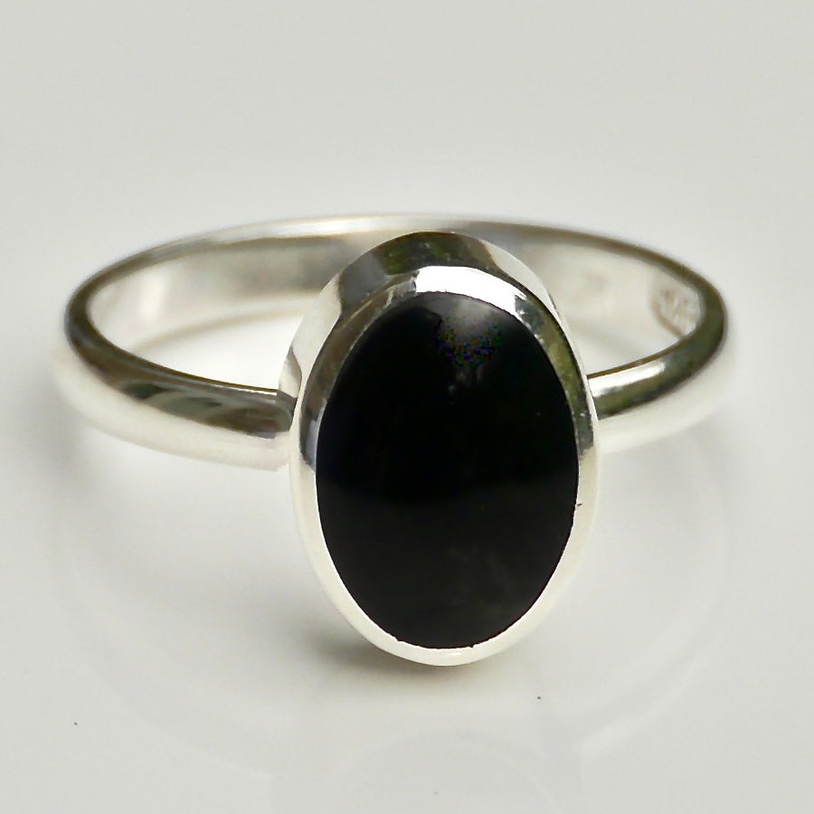 whitby jet sterling silver oval ring