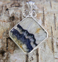 Load image into Gallery viewer, Blue John & Whitby Jet Double Sided Pendant