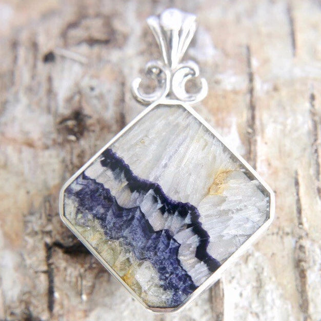 Blue John Pendant with Whitby Jet on the reverse side