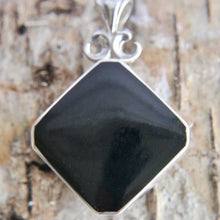 Load image into Gallery viewer, Whitby Jet Pendant with Blue John on the reverse side